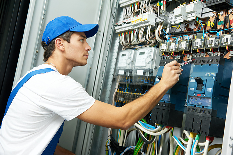 Domestic Electrician in Loughborough Leicestershire