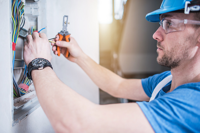 Electrician Qualifications in Loughborough Leicestershire