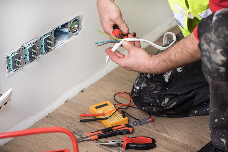 Emergency Electrician in Loughborough Leicestershire